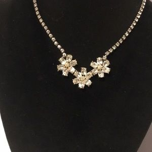 Vintage amazing flower crystal necklace silver